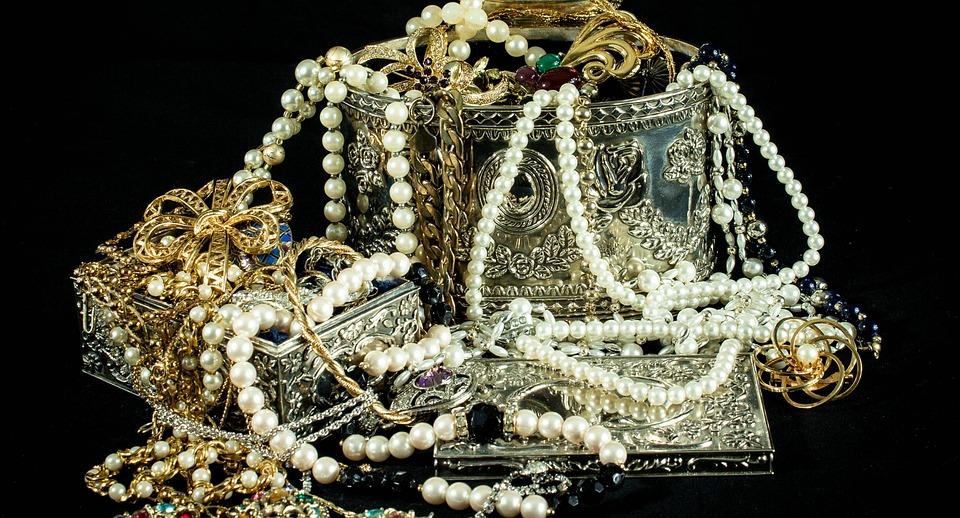 Les colliers de perles